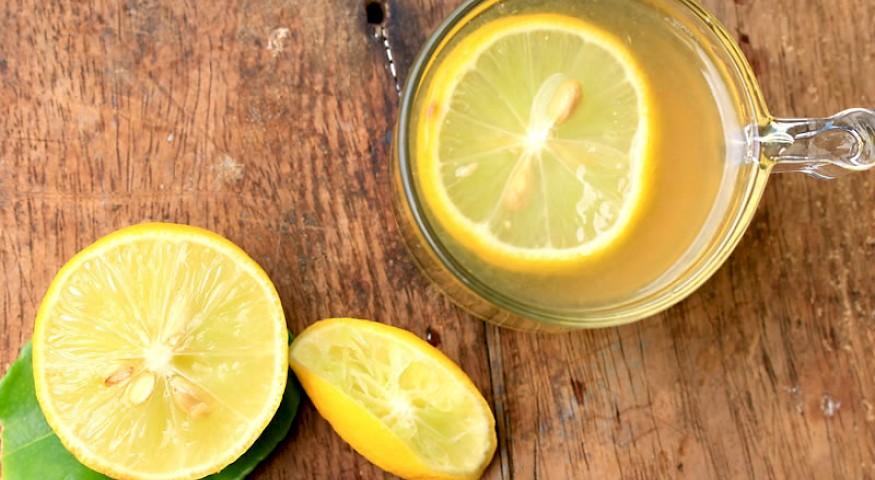 Pobijedite depresiju pomoću limunade sa kurkumom!