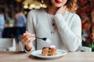 Šta je važnije ukinuti da bi se gubili kilogrami?Masnoće ili ugljeni…
