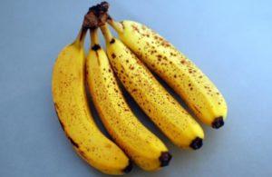 Lijek za hronični kašalj: Izgnječite bananu i dodajte ova dva sastojka